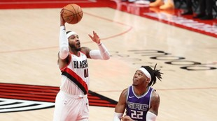 Carmelo Anthony excels off the bench in Blazers win