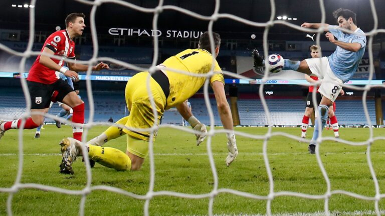 'The grass is not good' – Pep's Etihad pitch concerns