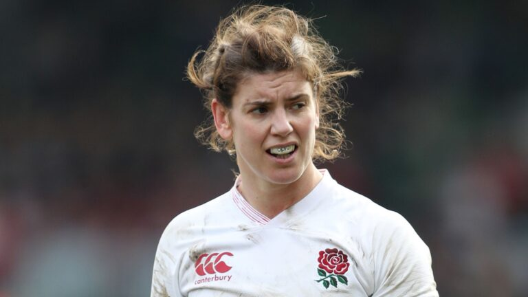 Hunter back to lead Red Roses in Six Nations
